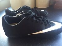 Boys size 3 Nike trainers