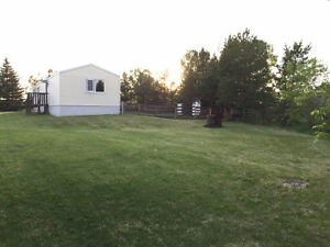 Mobile Home on Acreage setting 15mins to St.Albert!!