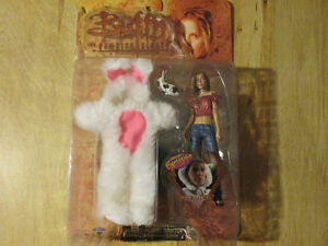 Buffy The Vampire Slayer ANYA FEAR ITSELF Exclusive Bunny Toy