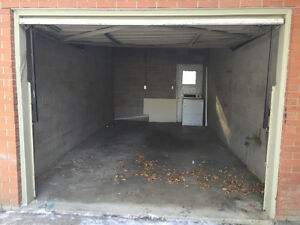 Single Garage for rent