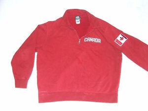 Roots Canada 1/4 Zipper Pull Over Sweater - $25.00 Belleville Belleville Area image 2