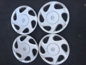 """OEM Toyota 15"""" inches Camry hubcaps / wheel cover"""