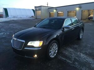 2012 Chrysler 300C V8 Limited AWD | Starter | Two Sets of Tires