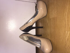 High heels size 8.5 GOOD GONDITION great for prom