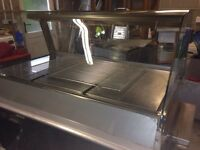 Commercial hot food chicken warmer display cabinet including fan
