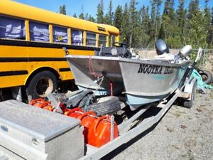 17 ' Welded Aluminum Catamaran Speed Boat and Trailer