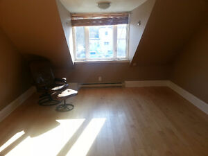 3 Bedroom Apartment - Main Street Antigonish, NS. Available May