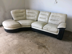 Black and white leather corner sofa couch suite 🚚🚚