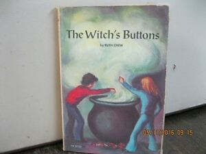 1974     THE   WITCH'S BUTTONS   BOOK