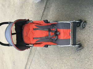 Lightweight Stroller with umbrella and white cover