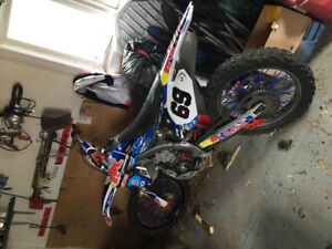 Mint condition 2010 yz450 forsale!! End of season deal!!