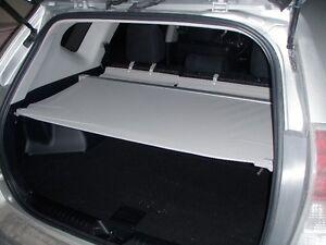 cache-bagage Prius V