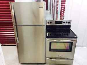 Couple Frigidaire gallery Stainless (2014 -2015)
