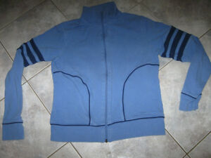 ...Ladies' Blue Zippered Jacket!..[B.U.M.Equip.]