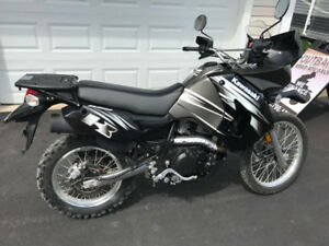 2011 KAWASAKI KLR650 DUAL PURPOSE ( WE FINANCE )