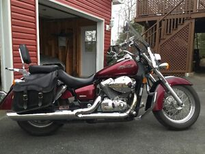 Mint Condition 2004 Honda Shadow 750