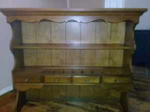 **FREE Hutch extension for pickup