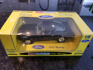 1:18 Diecast Jouef Evolution 1965 Ford Mustang Fastback Coupe