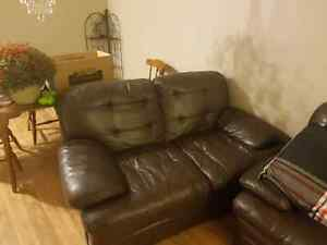 Leather Couch Set London Ontario image 2