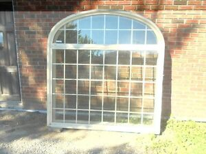 LARGE WINDOW  72''X72''