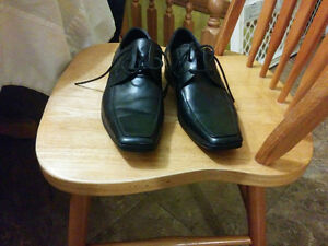 Black Kenneth Cole Dress Shoes Size 8 London Ontario image 2