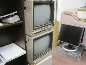 Big Pile of Commodore stuff. Kitchener / Waterloo Kitchener Area image 1