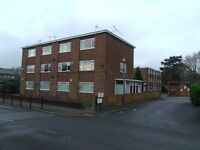 2 bedroom flat in Royle Close, Stockport, Cheshire, SK2