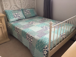 Bedding - Quilt with matching Shams
