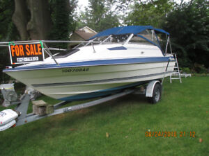 18 .5 foot Bayliner inboard outboard