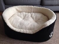 As new small dog bed/large cat bed