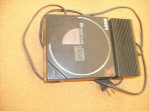 Sony 1985 very first cd discman d-5a, in Penticton