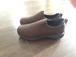 LL Bean shoes size 10