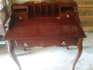 Bombay cherry wood desk
