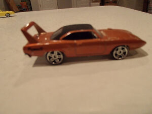 Loose 3 Hot Wheels 1970 Plymouth Superbird 1:64 diecast car. Sarnia Sarnia Area image 5