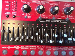 Roland EF 303