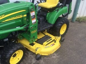 John Deere 2305 Compact Tractor + Loader + Mower Edmonton Edmonton Area image 3