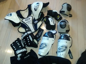 COMPLETE SET OF BOYS HOCKEY GEAR (suits age 8-10)