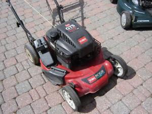 Toro Lawnmower with Briggs & Stratton engine,  100% Serviced