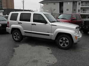 2008 JEP LIBERTY 4X4  LOADED  AUTO  VERY CLEAN  COME SEE TODAY