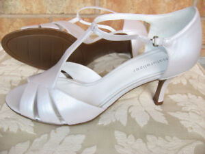 Brand new pearl white sandals, nice for wedding, women's (9)
