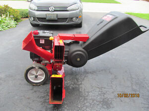Yard Machines Chipper/Shredder in great condition London Ontario image 2