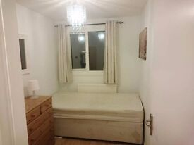 Clean Tidy Single Room To Let