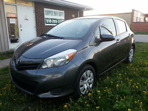 2012 Toyota Yaris AUTO AIR CERTIFIED Hatchback