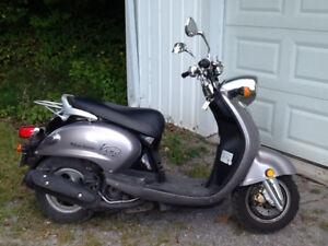 2007 Kino Yamaha Scooter