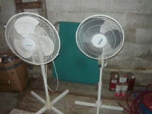 two osilating fans