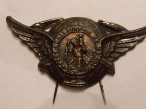 EPINGLE BADGE VINTAGE 1940