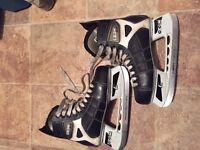 Hockey boots CCM