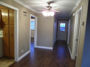 GFW- Spacious 3 Bedroom Apt. Heat & Hot Water included.