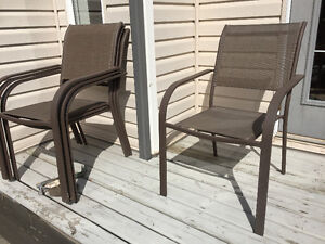 4 lawn chairs
