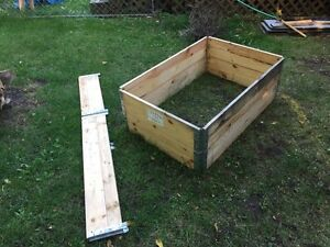 Collapsible  metal hinged modular wood crates  Kawartha Lakes Peterborough Area image 4